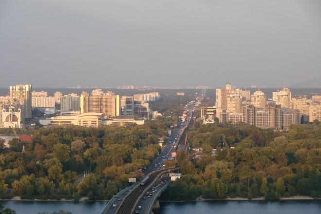 Ділянку над Дніпром рятуватимуть від забудови – місто її викупить під парк