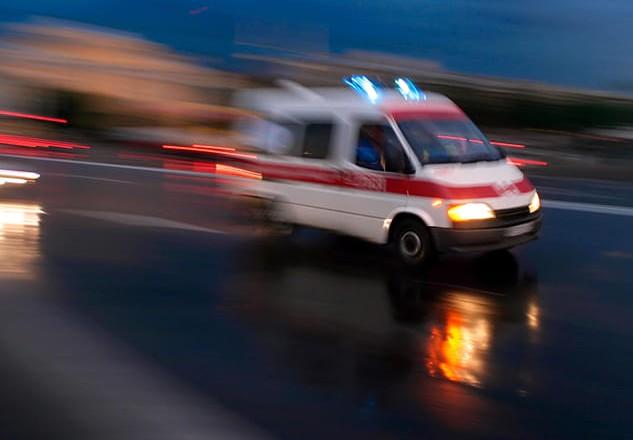 """Кисень закінчувався, дорога """"забита"""": як медики і патрульні рятували хворого"""