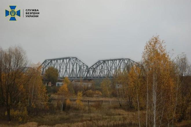 """Ремонт мосту за захмарними цінами: масштабне розкрадання коштів """"Укрзалізниці"""""""
