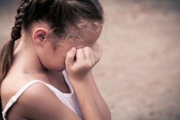 Жахи у Березані. Поки бабуся спала, її співмешканець розбещував 5-річну онучку