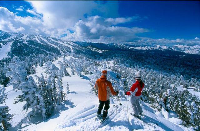 Хто ще хоче на лижі? Буковель відкривається