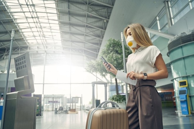 """Мафіозна схема з ПЛР-тестами: пасажири скаржаться на корупцію в аеропорту """"Бориспіль"""""""