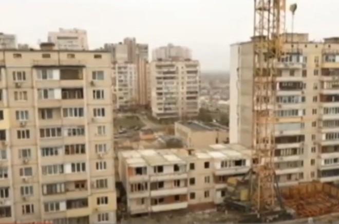 Вибух на Позняках: від будинку залишилось три поверхи (ВІДЕО)