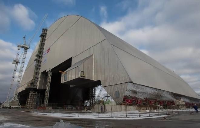 Що зараз під Чорнобильським саркофагом. Блогер показав вражаюче відео