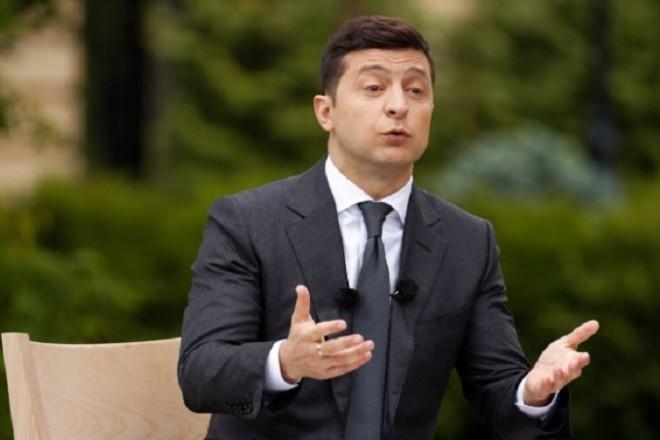 Зеленський зруйнував стосунки України і США – Іонова