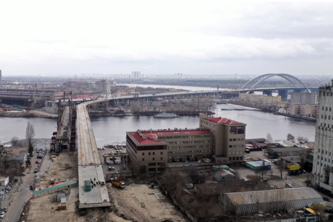 Наприкінці весни буде готовий заїзд на Подільський міст з Верхнього Валу (ВІДЕО)