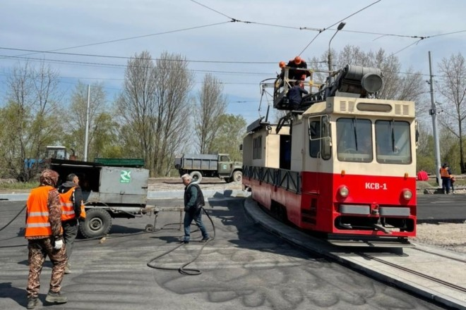 """На Троєщині облаштували """"оксамитовий шлях"""" для трамваїв – коли вони відновлять роботу"""