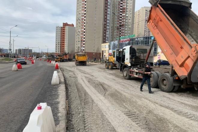Капітальний ремонт доріг у Києві: на яких вулицях кипить робота і що виконують