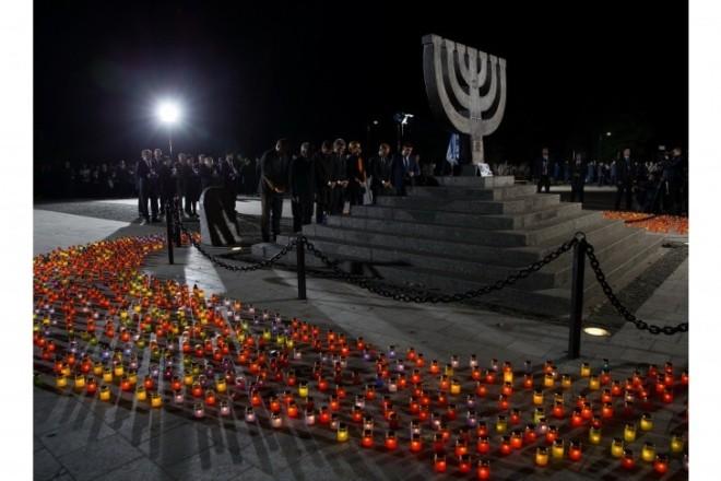 Кияни вимагають підтримки українського проекту меморіалізації Бабиного Яру
