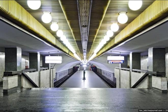 Відзавтра на трьох станціях метро закриють по одному входу (виходу): деталі