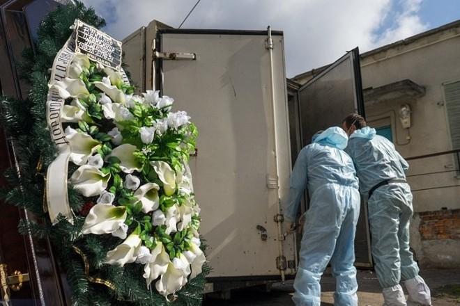 Що роблять з тілами померлих від коронавірусу в Білій Церкві (Фоторепортаж)