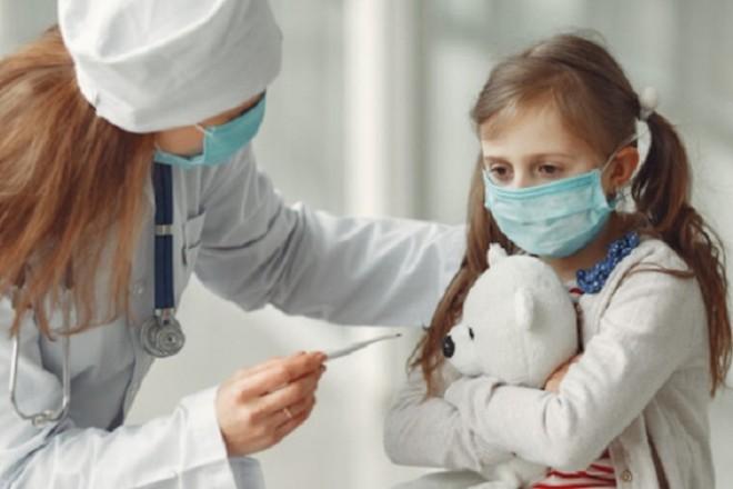 COVID-19 змінив аудиторію? Київська лікарня переповнена дітьми (ВІДЕО)