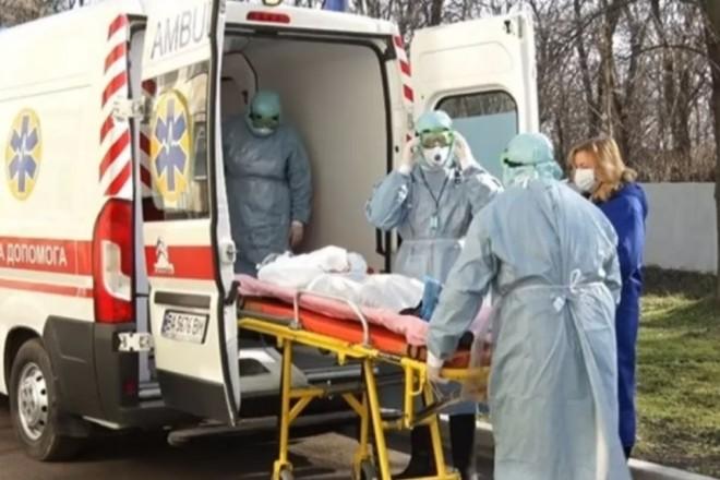 Кличко вимагає дозволити лікування коронавірусних пацієнтів в відомчих лікарнях