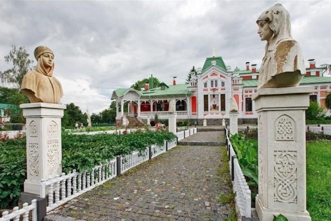 Сумувати тим, хто на травневі лишається в Києві – заборонено! Куди піти на вихідних