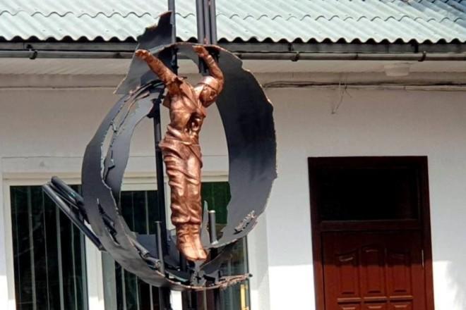 На Київщині вшанували пам'ять чорнобильців новим монументом
