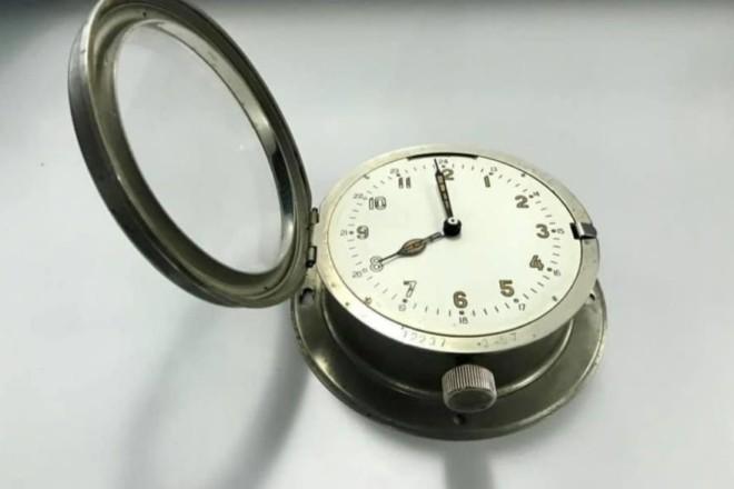 """Радянська романтика. У """"Борисполі"""" виявили годинники, заражені радіацією (ФОТО)"""