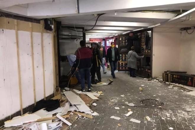 """""""Шанхай"""" у підземному переході на Арсенальній демонтують (ФОТО)"""