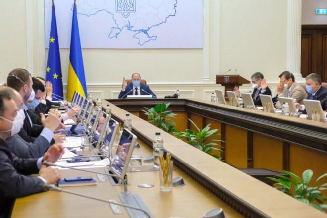 Три міністри Шмигаля ідуть у відставку. Заяву писали не всі