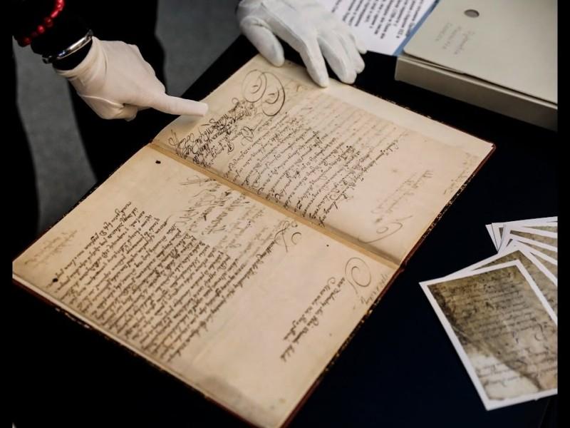 Вперше за 311 років: оригінал Конституції Пилипа Орлика повернеться в Україну