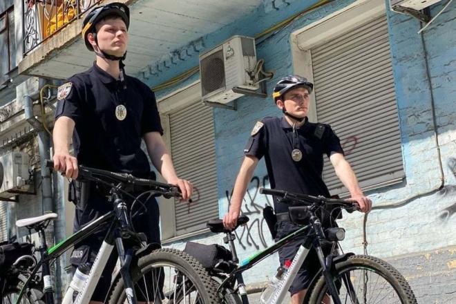 На вулиці міста вирушив велопатруль – де ловитимуть порушників (ФОТО)