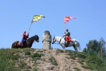 Козацьке селище запрошує на день відкритих дверей – буде і церковний передзвін, і співи, і танці