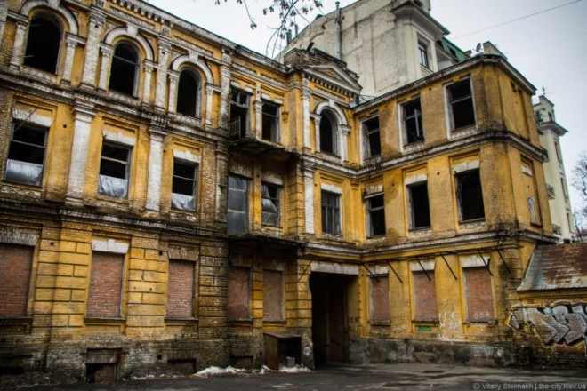 Міноборони без грошей, а от група приватних компаній готова реставрувати будинок Сікорського