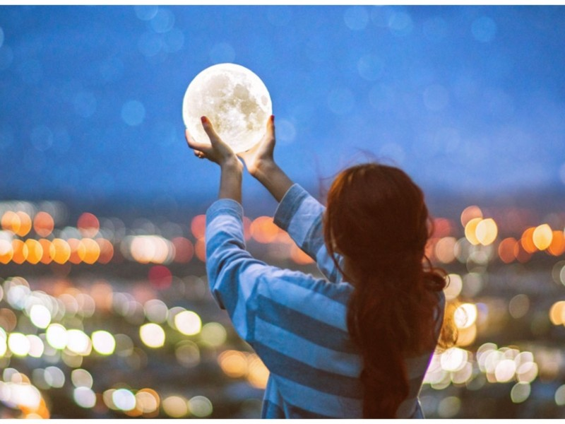 Утриматися від шопінгу чи зустріти кохання. Сонячне затемнення та його вплив на знаки зодіаку