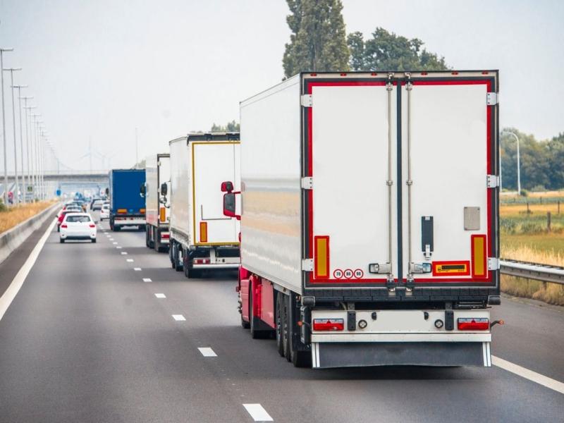 На Київщині сезонно обмежили рух вантажівок