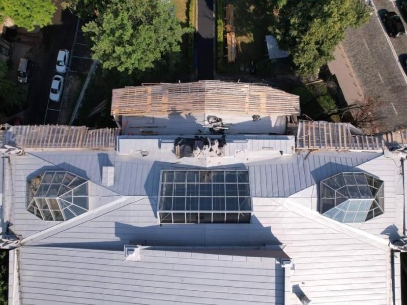 Художній музей вже з новим дахом, а всі химери – як новенькі