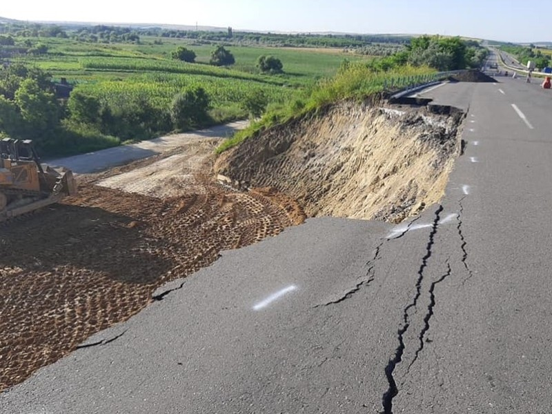 Зсув грунту на трасі Київ – Одеса: ліквідація буде завершена за 4-5 днів