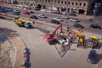 Екватор дорожнього сезону: які вулиці, розв'язки, колії ремонтують у Києві та що вже зробили