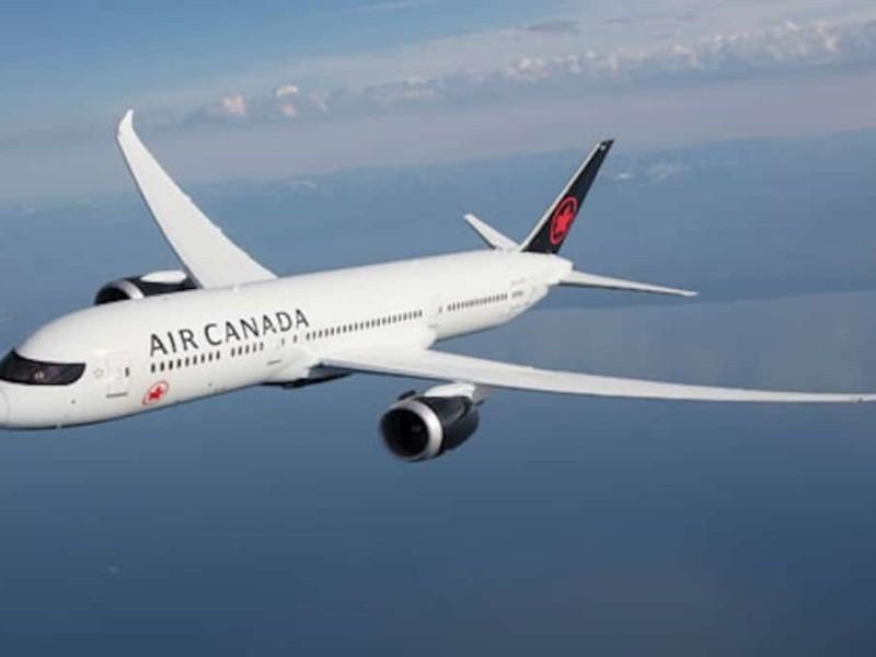 Канадська авіакомпанія транслюватиме у своїх літаках фільми українською