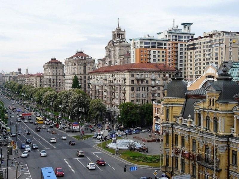 Буде без збоїв і відключень: на 10 вулицях у центрі Києва покращиться електропостачання (ПЕРЕЛІК)