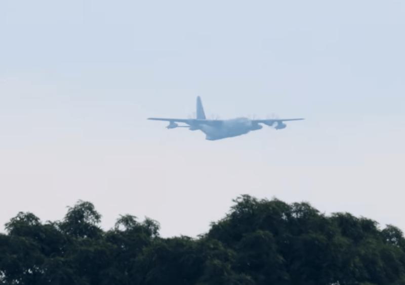 Військово-транспортні літаки американського спецназу літали сьогодні над Києвом