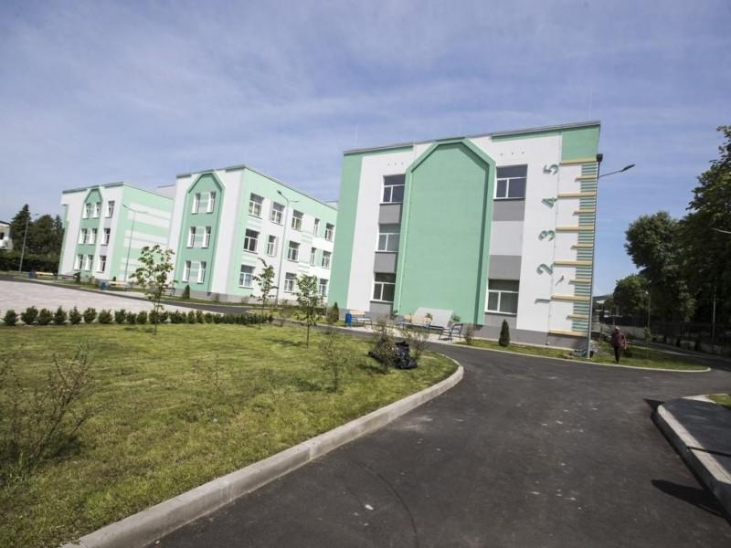 Сучасна та комфортна: 1 вересня нову школу відкриють в Солом'янському районі