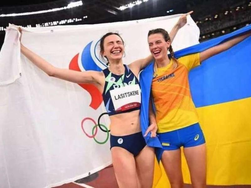 """Обіймалася з росіянкою на Олімпіаді: Міноборони викликало Магучіх """"на килим"""""""