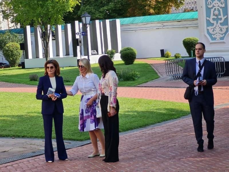 Марина Порошенко взяла участь у саміті перших леді та джентельменів