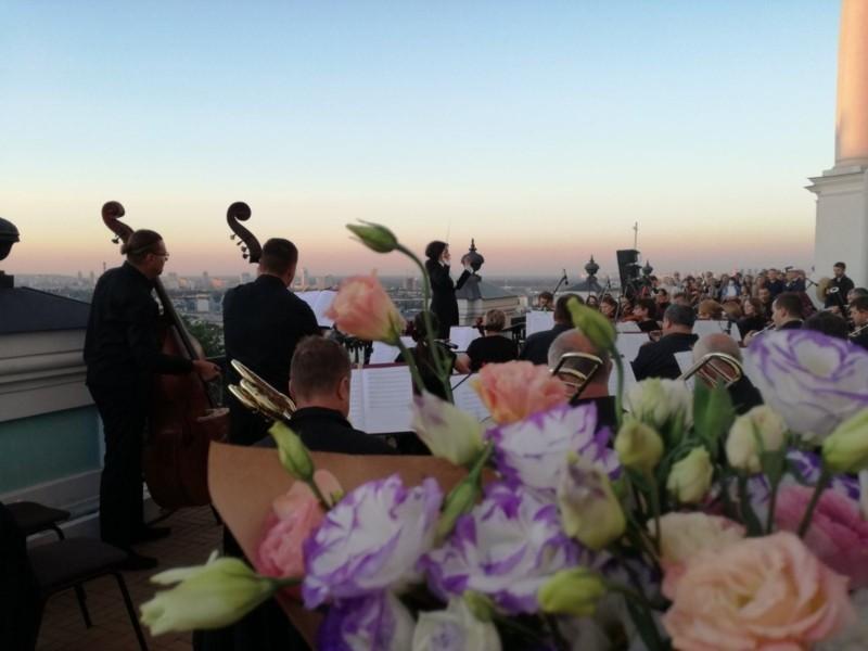 Національна оперета напередодні нового сезону запрошує на концерт просто неба