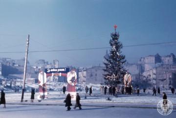 Архівні фото Києва: на Володимирській гірці відкривається виставка Джульєна Брайана