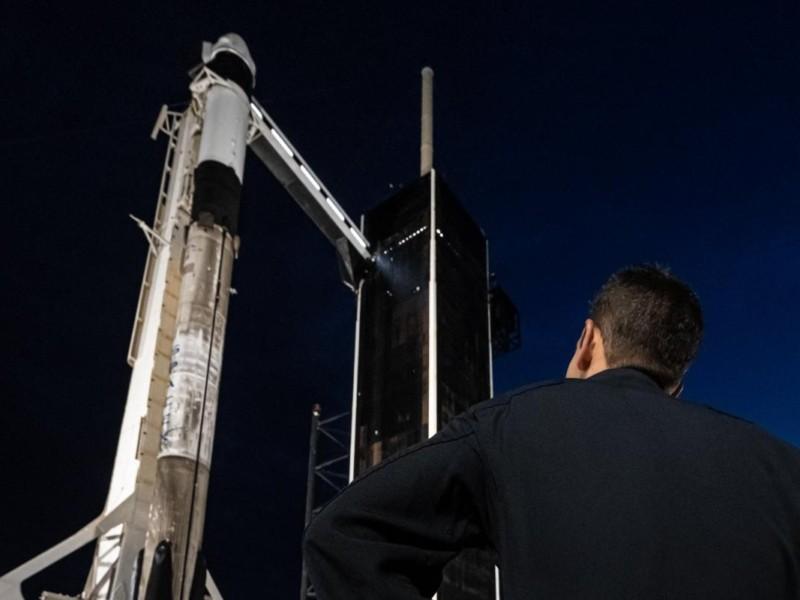 Вночі  Ілон Маск відправить перших туристів на орбіту (онлайн-трансляція)