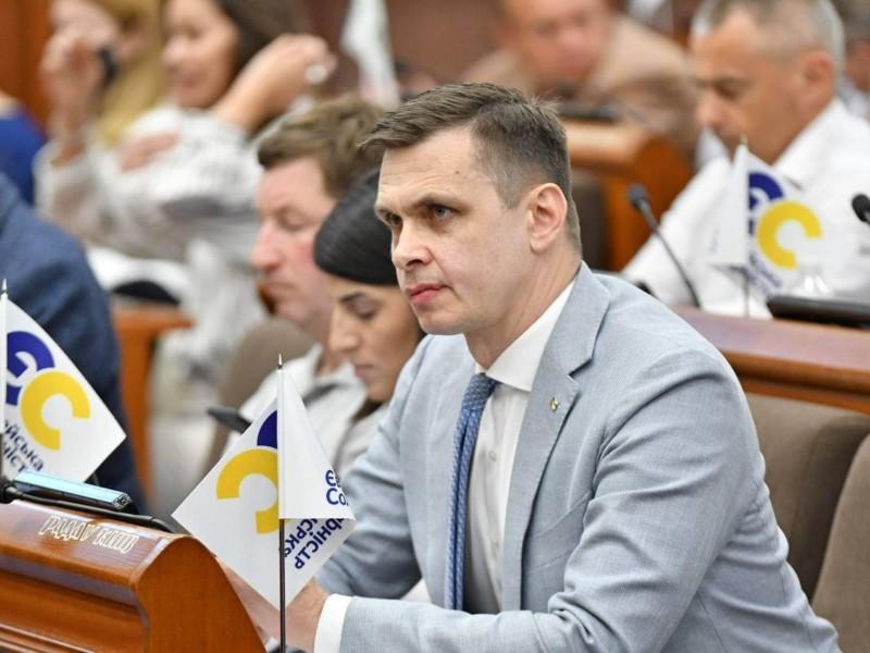 Влада Зеленського атакує місцеве самоврядування – депутат