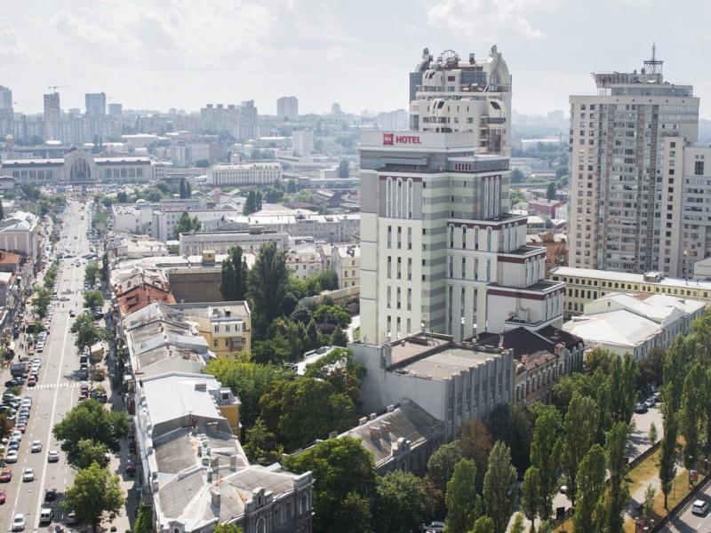 В центрі Києва шахраї заволоділи двома квартирами померлого