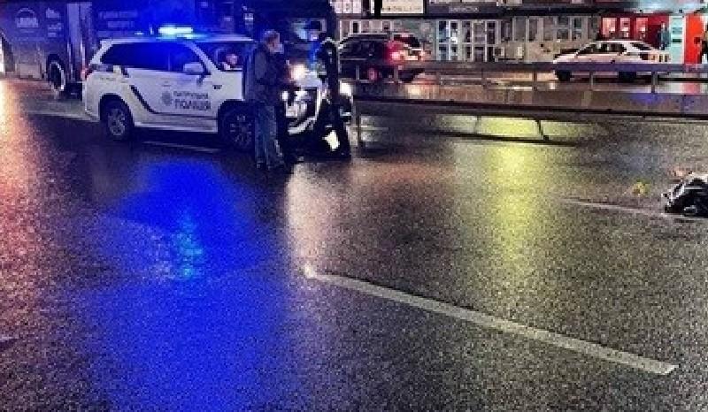 Намагався перебігти проспект Палладіна. У Києві вночі загинув чоловік (ВІДЕО)