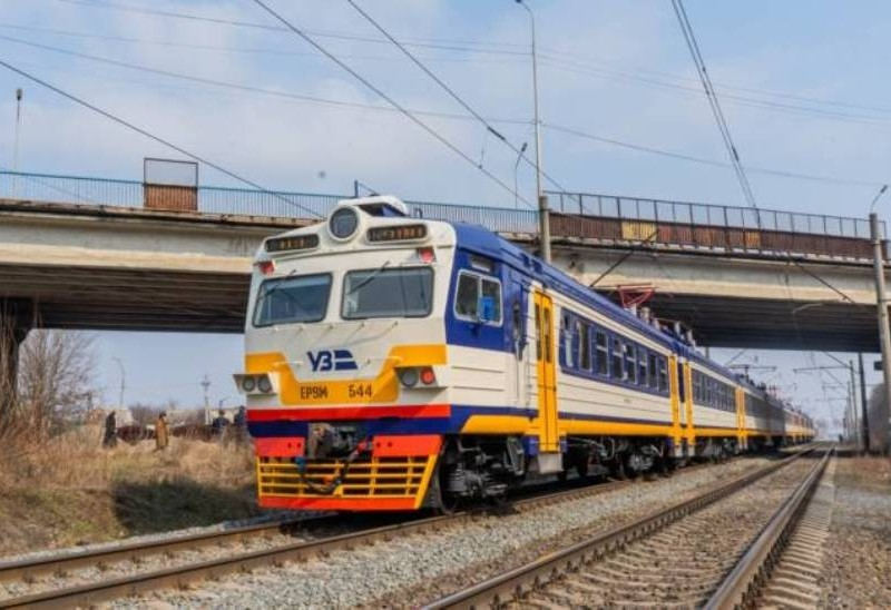 З Києва до Броварів за 36 хвилин: запустили сучасний електропотяг