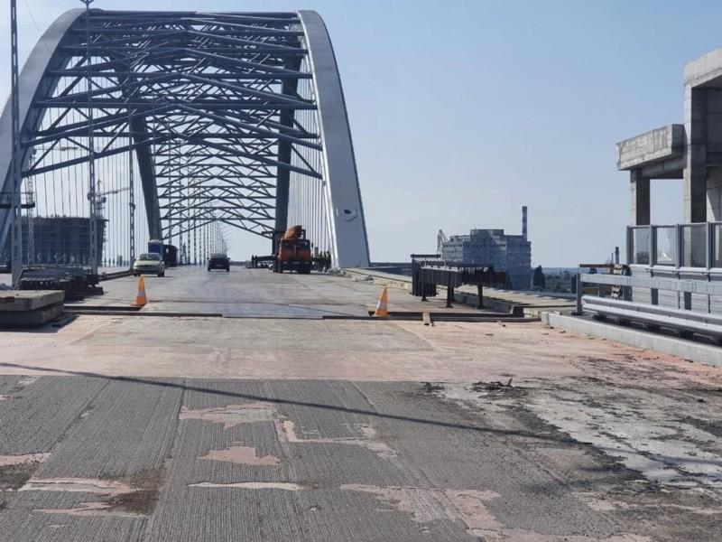 Будівництво Подільського мосту: прокуратура заявила про нові підозри керівнику КП, генпідрядникам та підрядникам