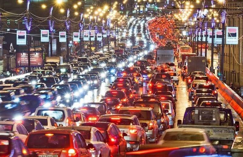 У Києві вдвічі побільшало машин