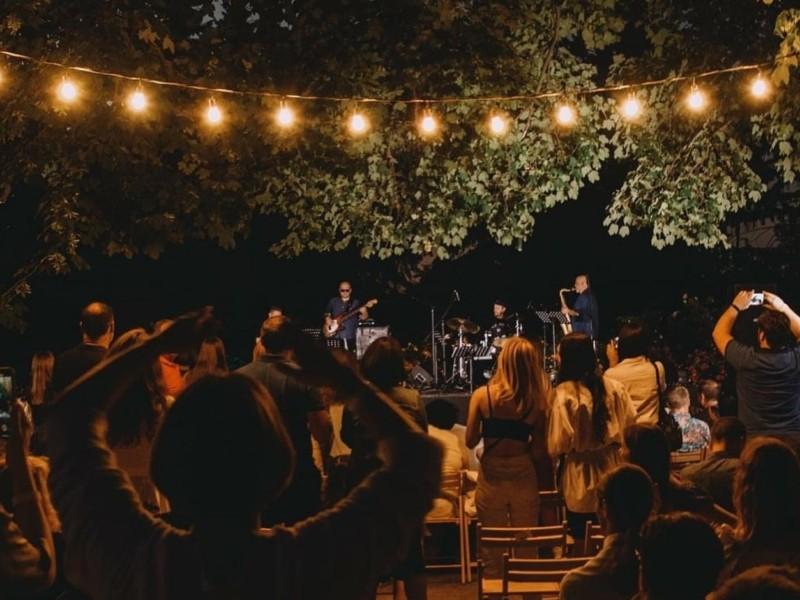 У Ботсаду ім. Гришка пройде фестиваль джазу та глінтвейну: вхід безкоштовний