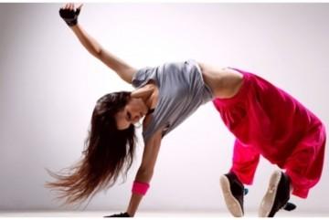 Танцюють всі! Киян запрошують на безкоштовні майстер-класи від топових танцівників