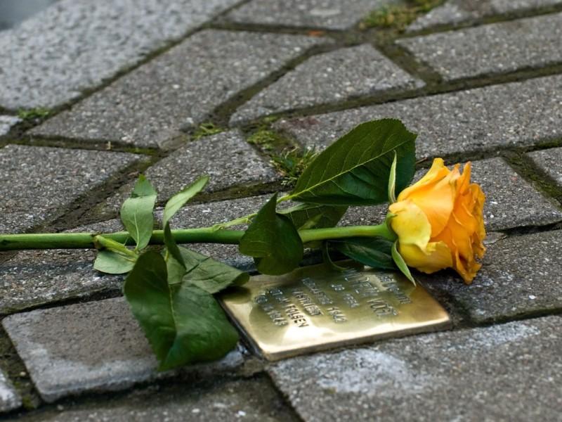«Камінь спотикання» з'явився на території КПІ: трагічна доля викладача