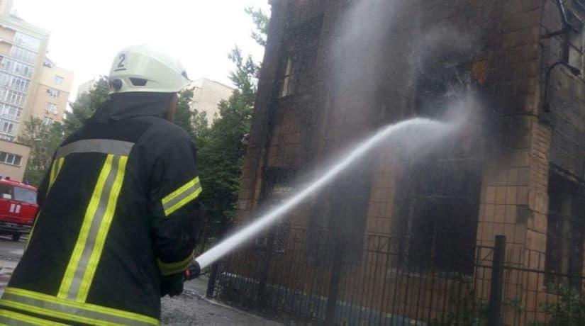 В Шевченковском районе произошел пожар в заброшенном помещении детского сада